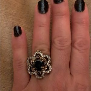 Antique Style Flower Onyx Cocktail Ring Size 10.5